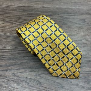Jos A Bank Gold w/ Navy & White Check Tie